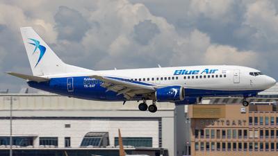 YR-BAF - Boeing 737-322 - Blue Air