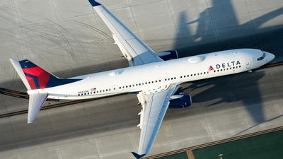 A picture of N884DN - Boeing 737932(ER) - Delta Air Lines - © Daniel Dominguez