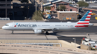 A picture of N179UW - Airbus A321211 - American Airlines - © Yixin Chen
