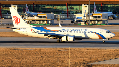 B-6105 - Boeing 737-89L - Dalian Airlines