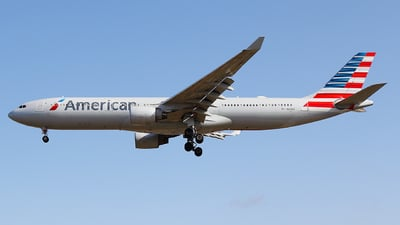N273AY - Airbus A330-323 - American Airlines