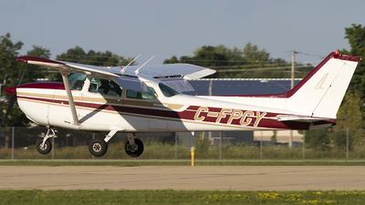 A picture of CFPGY - Cessna 172N Skyhawk - [17273923] - © Jeremy D. Dando