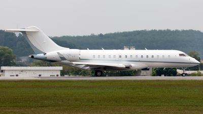 VP-CHL - Bombardier BD-700-1A10 Global Express XRS - Private