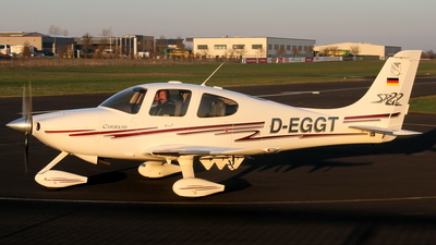 D-EGGT - Cirrus SR22 - Private