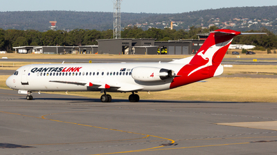 VH-NHO - Fokker 100 - QantasLink (Network Aviation)