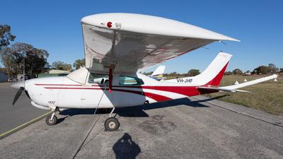 VH-JHF - Cessna 210N Centurion II - Private