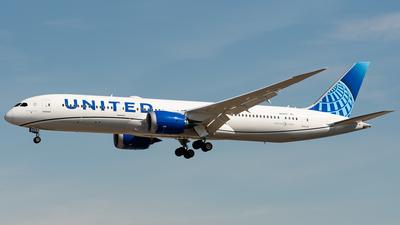 N29977 - Boeing 787-9 Dreamliner - United Airlines