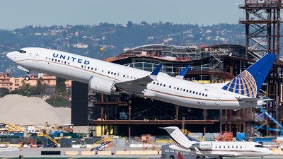 N27511 - Boeing 737-9 MAX - United Airlines