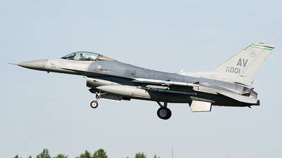 89-2001 - General Dynamics F-16CM Fighting Falcon - United States - US Air Force (USAF)