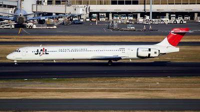 JA8004 - McDonnell Douglas MD-90-30 - Japan Airlines (JAL)