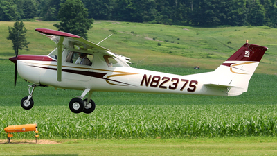 A picture of N8237S - Cessna 150F - [15061837] - © DJ Reed - OPShots Photo Team