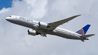 A picture of N26960 - Boeing 7879 Dreamliner - United Airlines - © TJDarmstadt