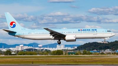 HL7719 - Boeing 737-9B5 - Korean Air