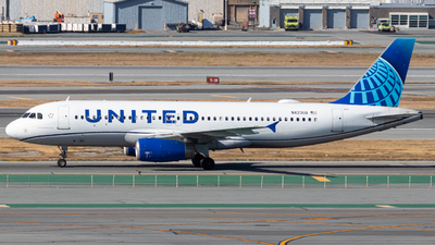 A picture of N423UA - Airbus A320232 - United Airlines - © Issac