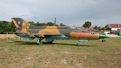 8114 - Mikoyan-Gurevich MiG-21MF Fishbed J - Hungary - Air Force