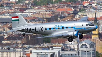 HA-LIX - Lisunov Li-2T - Goldtimer Foundation