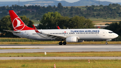 A picture of TCJGD - Boeing 7378F2 - Turkish Airlines - © Marcel Schmidt