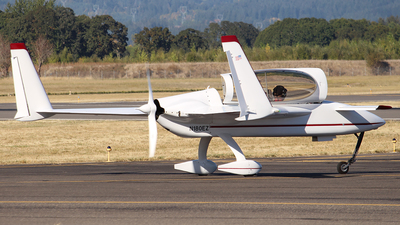 A picture of N180EZ - Rutan LongEZ - [081945] - © Huy Do