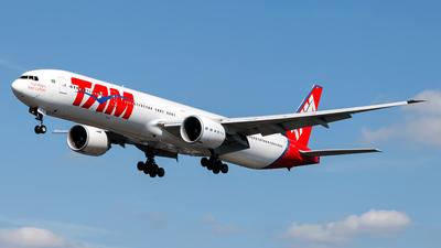 PT-MUI - Boeing 777-32WER - TAM Linhas Aéreas