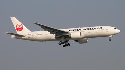 JA706J - Boeing 777-246(ER) - Japan Airlines (JAL)