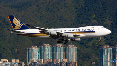 A picture of 9VSFN - Boeing 747412F(SCD) - Singapore Airlines - © Colin Law