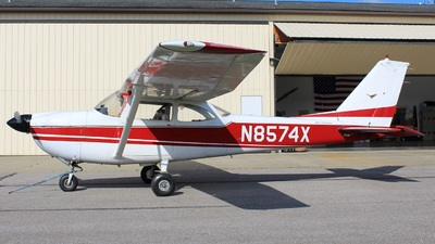 N8574X - Cessna 172D Skyhawk - Private