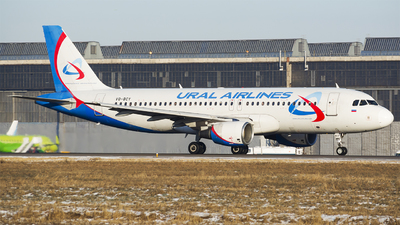 A picture of VQBCY - Airbus A320214 - Ural Airlines - © Anton  Ryabov