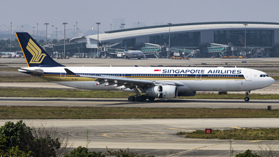9V-SSA - Airbus A330-343 - Singapore Airlines