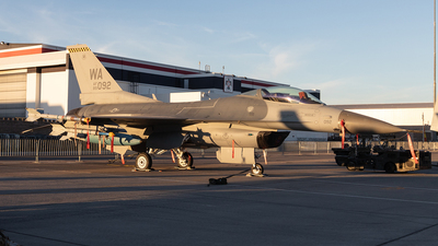 89-2092 - General Dynamics F-16CM Fighting Falcon - United States - US Air Force (USAF)