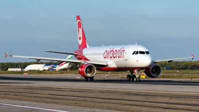 D-ABFB - Airbus A320-214 - Air Berlin