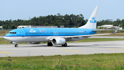 A picture of PHBCD - Boeing 7378K2 - KLM - © Rui Marques