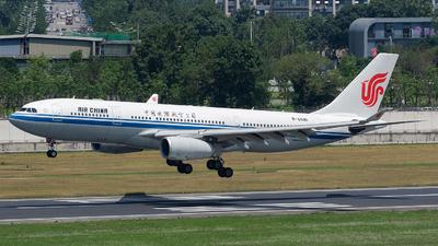 B-6081 - Airbus A330-243 - Air China