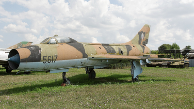 5617 - Sukhoi Su-7B Fitter A - Czechoslovakia - Air Force
