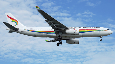 A picture of B1047 - Airbus A330243 - Tibet Airlines - © CRESTHONG