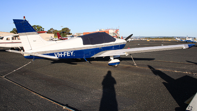 VH-FEY - Piper PA-28-181 Cherokee Archer II - Private