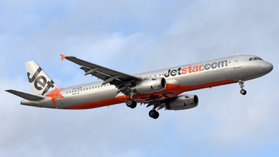 A picture of VHVWW - Airbus A321231 - Jetstar Airways - © Juan Contreras