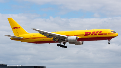 A picture of N371CM - Boeing 767338(ER)(BDSF) - DHL - © Evan Dougherty