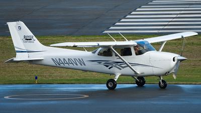 A picture of N444VW - Cessna 172S Skyhawk SP - [172S11666] - © SpotterPowwwiii