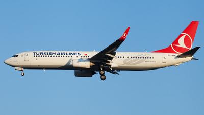 A picture of TCJYN - Boeing 7379F2(ER) - Turkish Airlines - © Alexander Schürmann