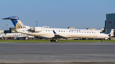 N512MJ - Bombardier CRJ-701 - United Express (Mesa Airlines)