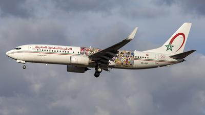 CN-RGF - Boeing 737-86N - Royal Air Maroc (RAM)