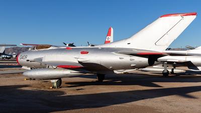 0409 - Mikoyan-Gurevich MiG-19S Farmer - Czechoslovakia - Air Force