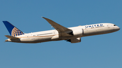A picture of N26966 - Boeing 7879 Dreamliner - United Airlines - © Michael E.