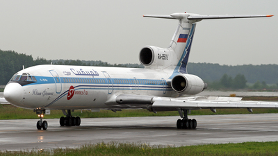 RA-85619 - Tupolev Tu-154M - S7 Airlines