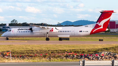 VH-QOM - Bombardier Dash 8-Q402 - QantasLink (Sunstate Airlines)