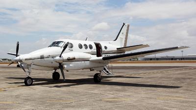 PT-OFF - Beechcraft C90A King Air - Easy Taxi Aéreo