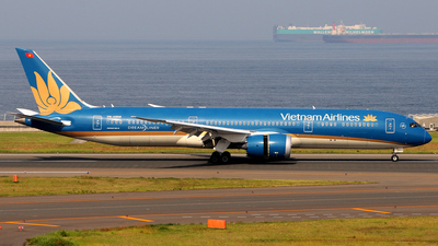 A picture of VNA868 - Boeing 7879 Dreamliner - Vietnam Airlines - © Kinmei