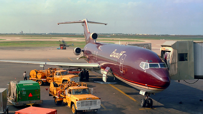 N474BN - Boeing 727-227(Adv) - Braniff International Airways