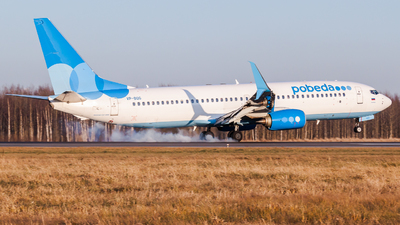 VP-BQG - Boeing 737-8MC - Pobeda