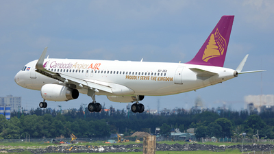 A picture of XU353 - Airbus A320232 - Cambodia Angkor Air - © Hao Phan